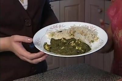 Cooking for Diwali - Palak Paneer